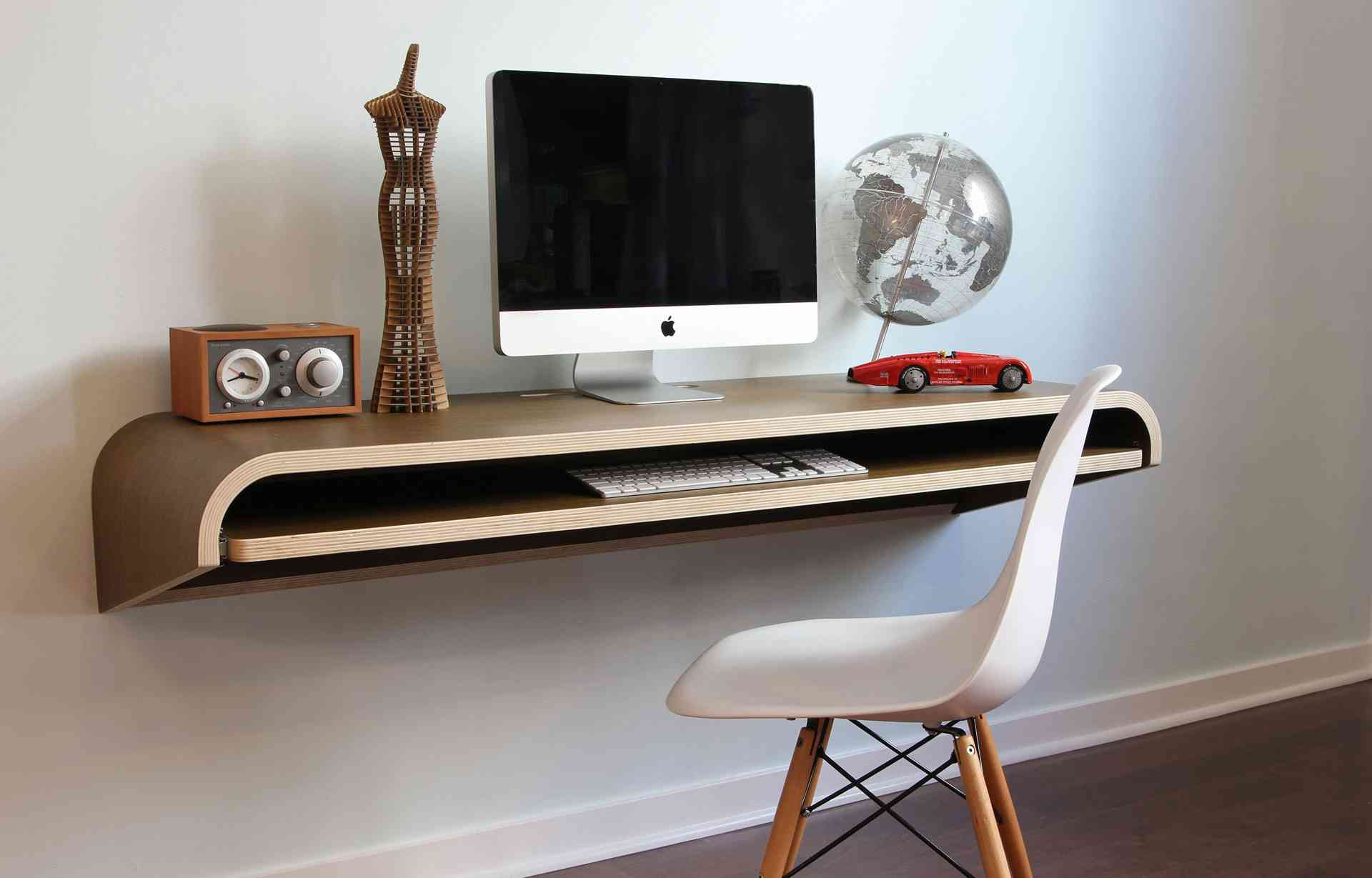 wall-mounted-desk-9_make-a-statement